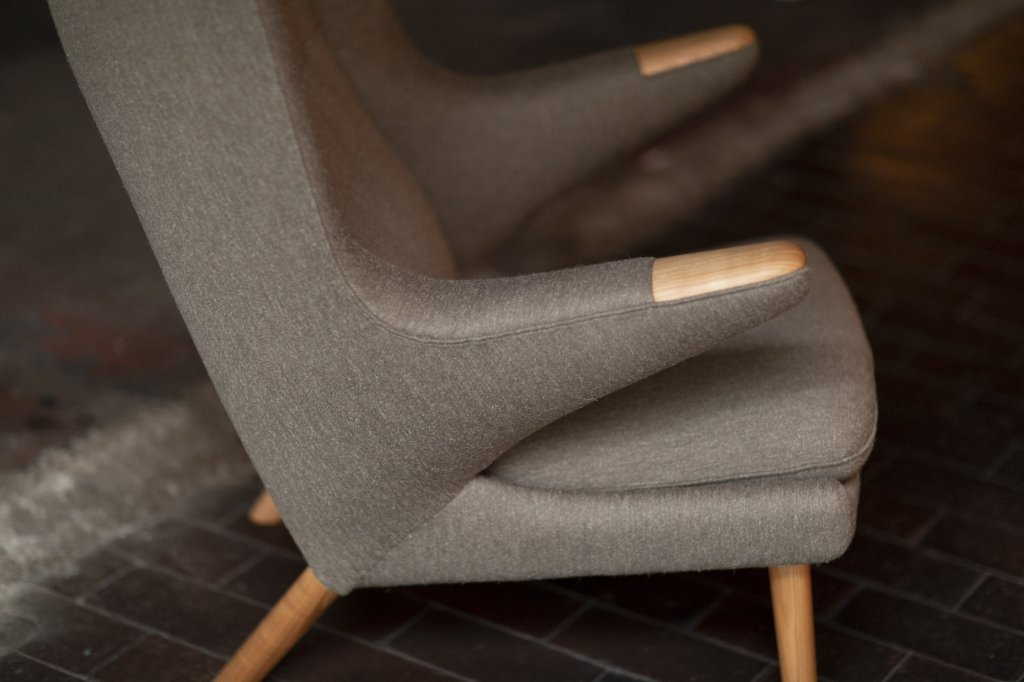 Teddy Bear Chair pp19, 1951, cherry, fabric: Halk by Hanne Vedel