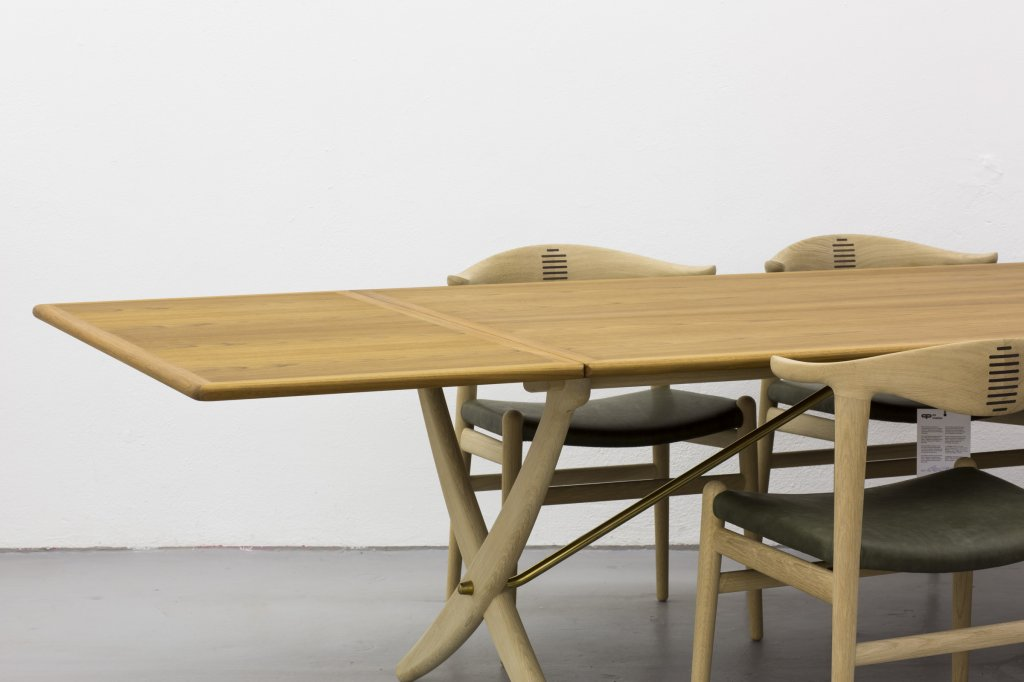 "Table: special Edition of ""4"" + Cowhorn Chairs pp505"