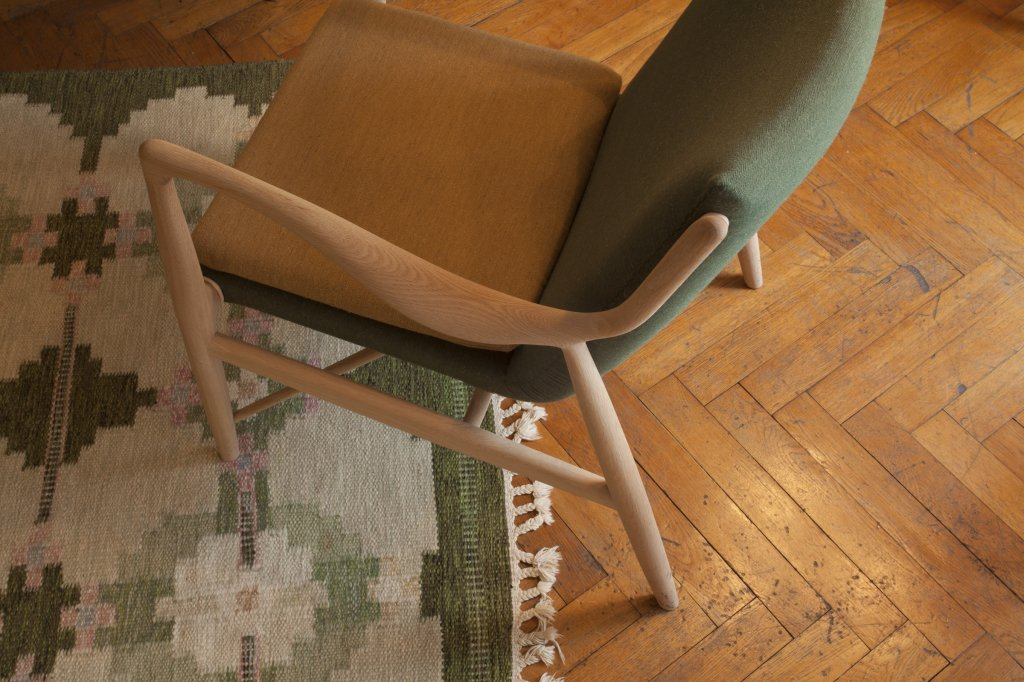 45 Chair, 1945, Oak, Fabric: Siksak by Hanne Vedel, Spindegarden