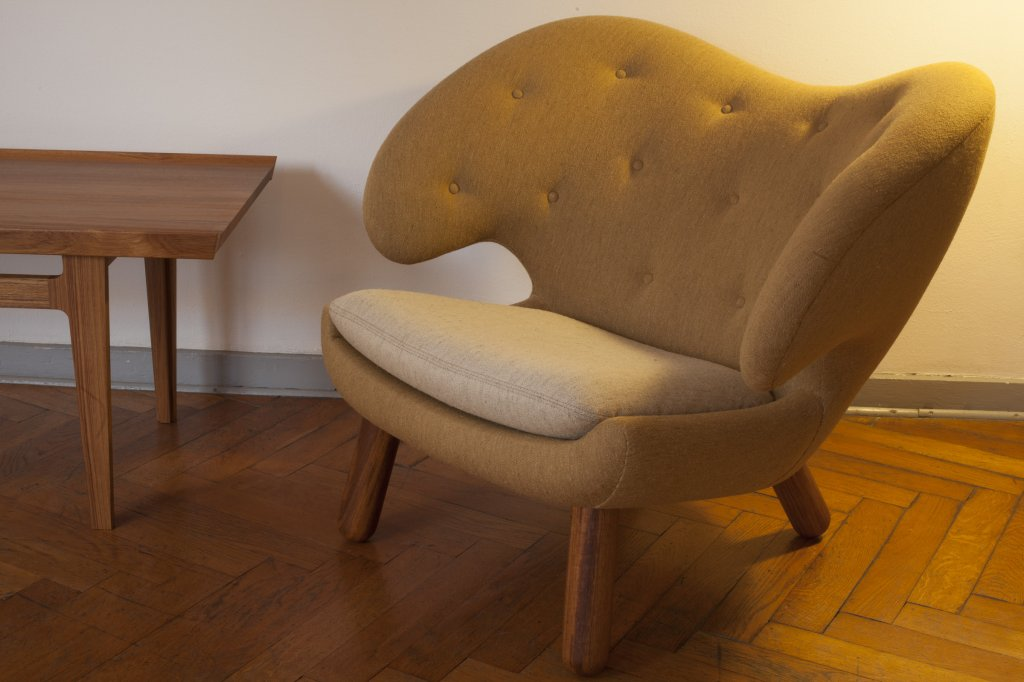 Pelican Chair, 1940, Fabric: Siksak by Hanne Vedel, Spindegarden